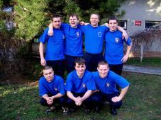 družstvo mužů